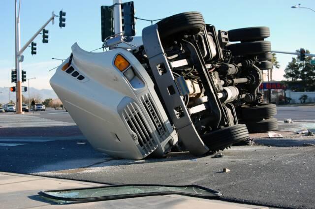 semi-truck-accident-lawyer